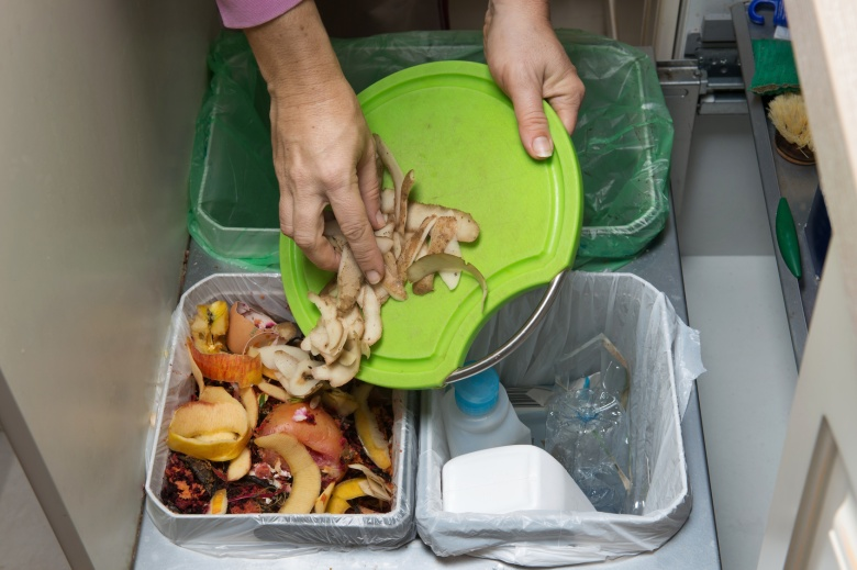 recyclable food waste compostable
