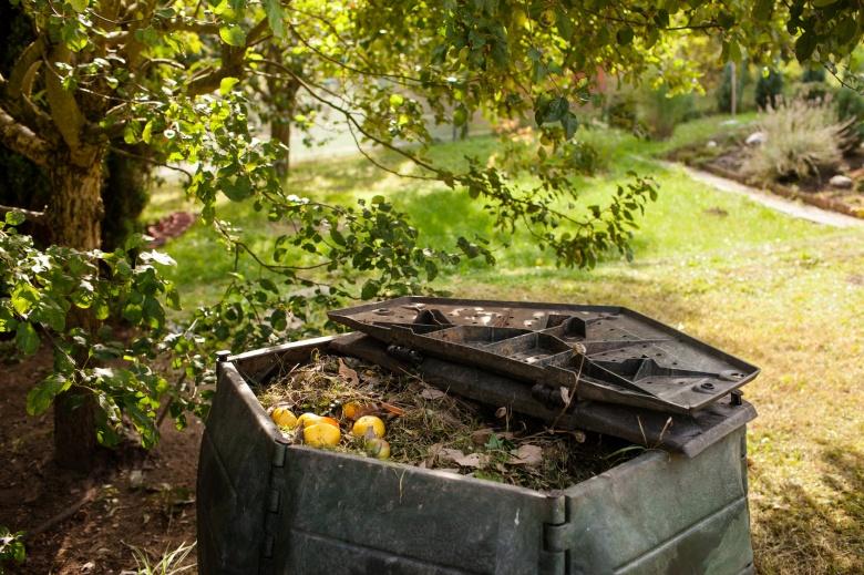 composting kitchen waste garden composter