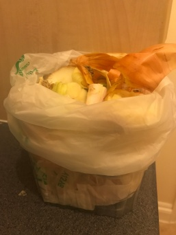 giynow_food_waste_small_reused_container